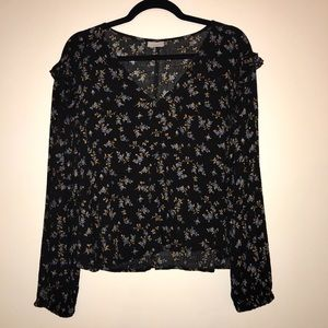 ABOUND floral blouse